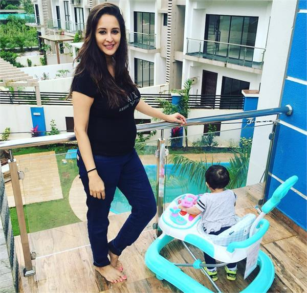 chahat khanna pregnant
