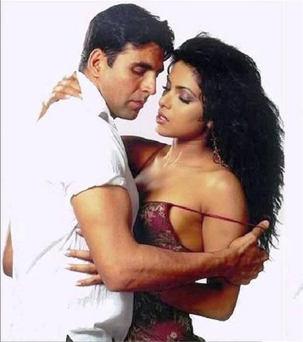 akshay kumar and priyanka chopra in aitraaz