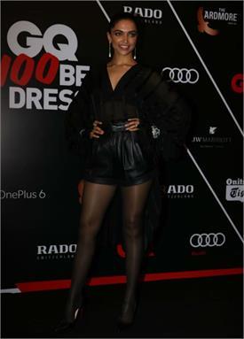 GQ Best Dressed Awards: ਤਸਵੀਰਾਂ 'ਚ ਦੇਖੋ ਦੀਪਿਕਾ ਦਾ ਬਲੈਕ ਬਿਊਟੀ ਸਟਾਈਲ