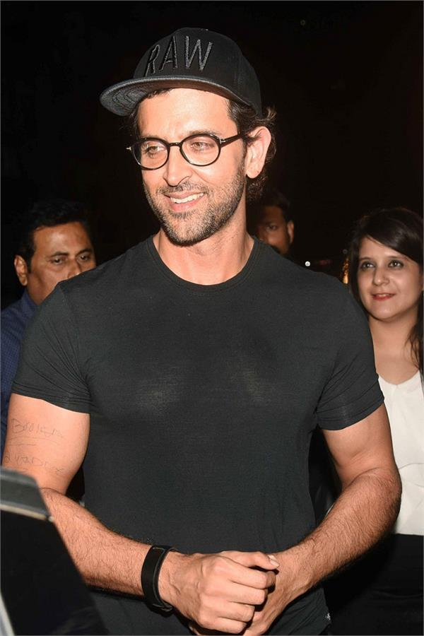 hrithik roshan at birthday party of sussanne khan