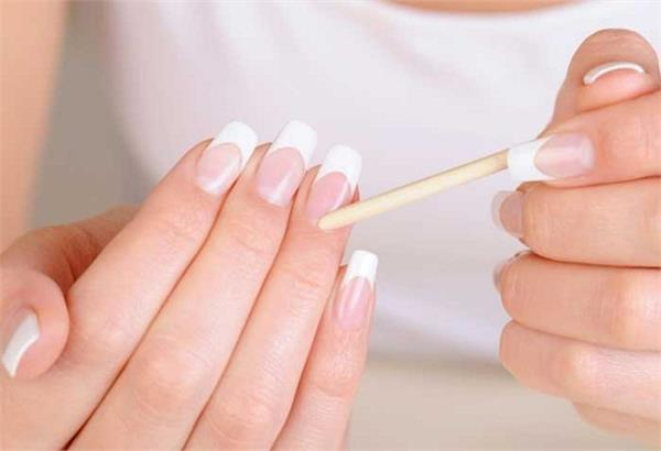 nails hygiene