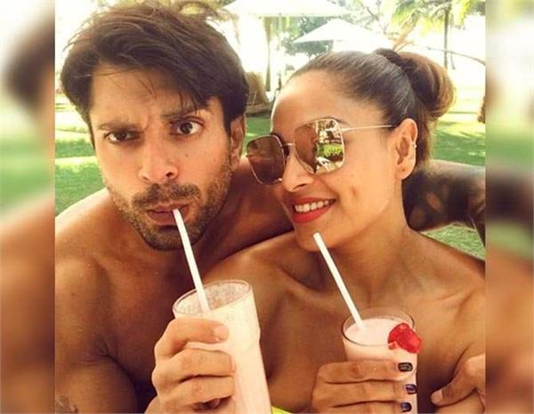 bipasha busu enjoy in goa with hubby