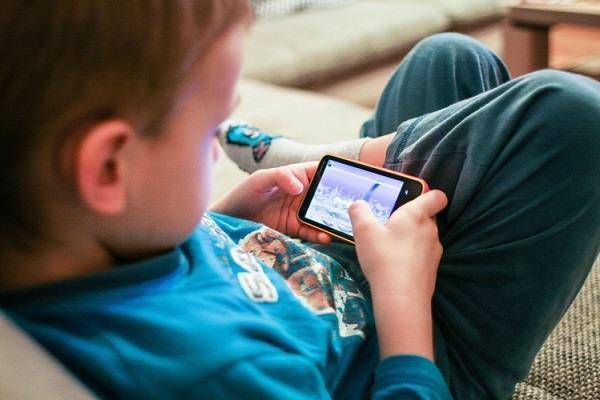smartphones will keep kids away now