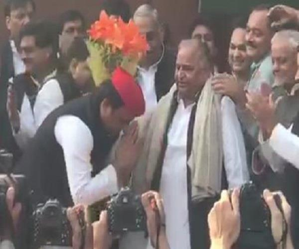 said akhilesh on his birthday mulayam our blessings always with you