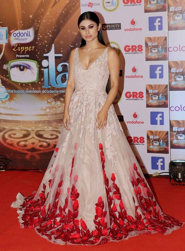 tv celebs at ita awards