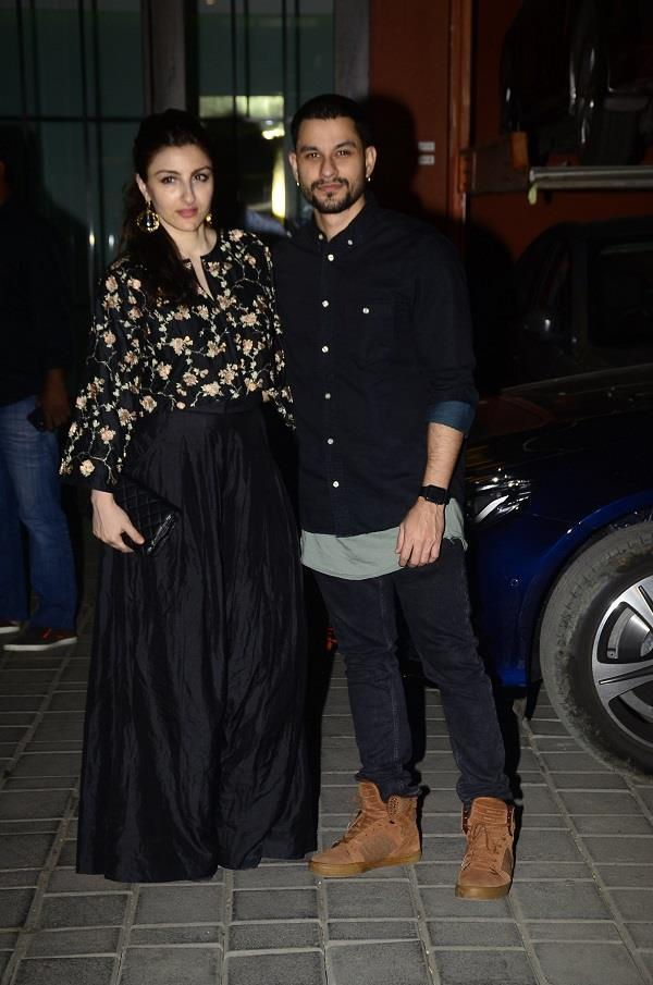 b town celebs at celebration of arpita khan aayush sharma s wedding anniversary