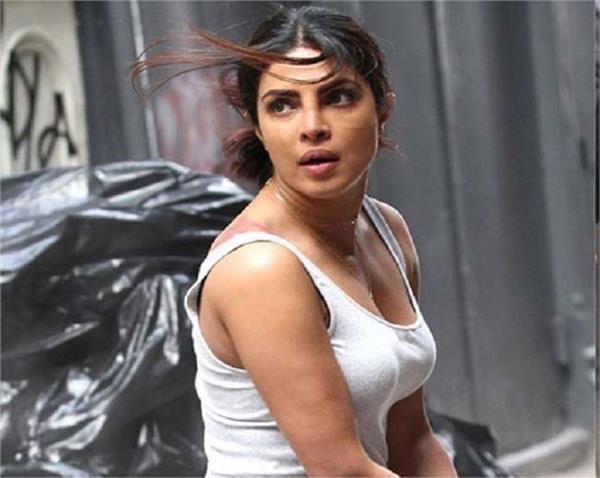 bollywood priyanka chopra accidental funny video from quantico 3 shooting