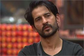 hiten tejwani thinks shilpa and hina is playing a dirty game