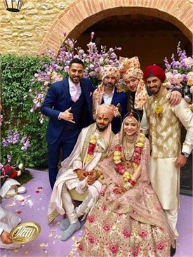 पंजाबी सितारों पर भी चढ़ा अनुष्का-विराट की शादी का चाव, जानें कैसे दी बधाई