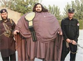 इस 'पाकिस्तानी हल्क' का वजन है 435 किलो और खाता है सिर्फ ये...