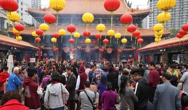 number of visitors increased on the first day of chinese new year