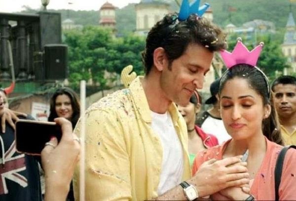 hrithik roshans film collects rs 124 16 crore