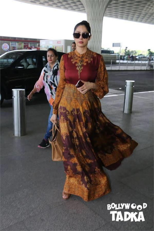 sridevi spotted at mumbai airport