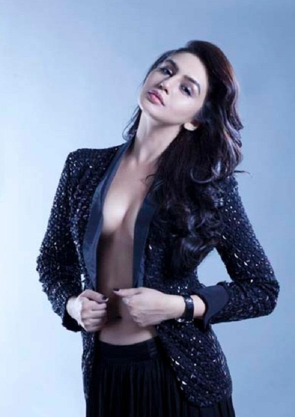 huma qureshi has given a reply to those who make fun of the figure