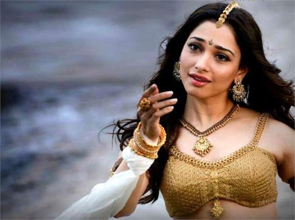 tamannah angry her scenes chopped off from baahubali 2