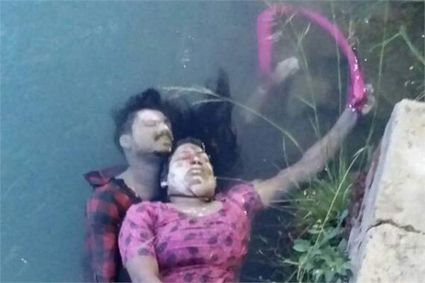 loose lovers found at khanouri head