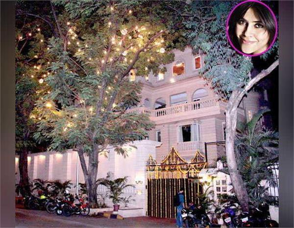 ekta kapoor inside house pictures  krishna bunglow