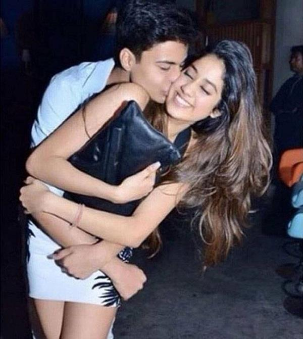 jahnavi kapoor break up with his boyfriend