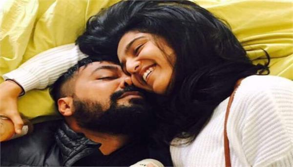 anurag kashyap is in love with 23 year old shubhra shetty see pics