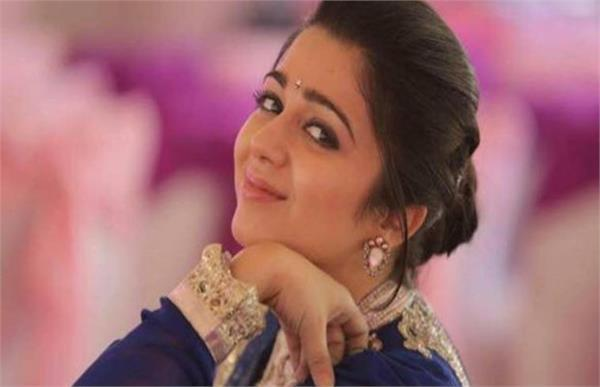 hyderabad drug racket actor charmy kaur appears before sit
