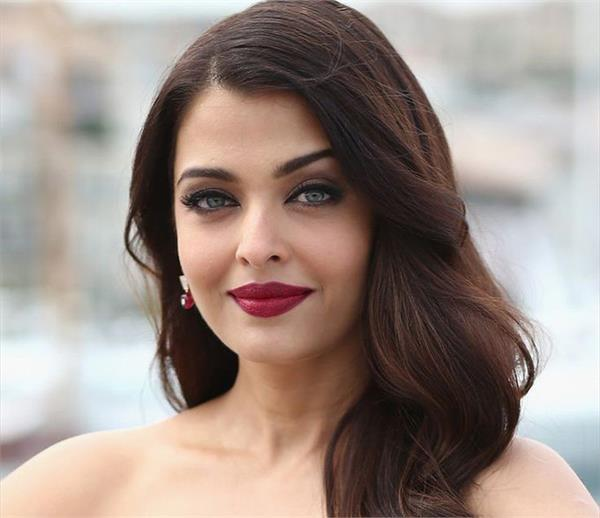 actress aishwarya rai bachchan to attend iffm in melbourne