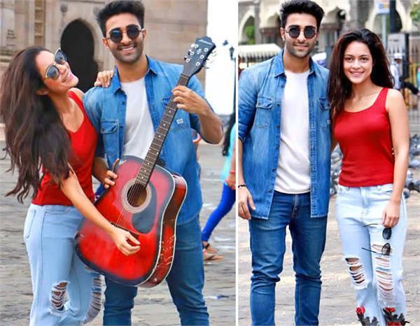 aadar jain and anya singh promotion film qaidi band