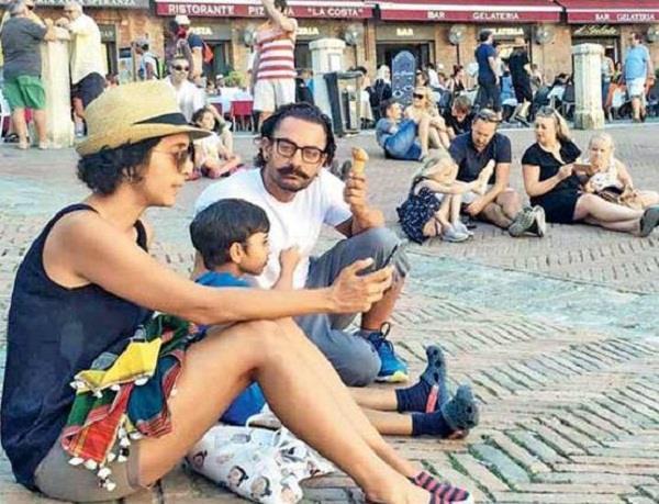 aamir shahrukh enjoying holidays with family