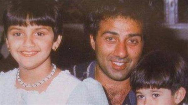 sunny deol with ahana deol old photo