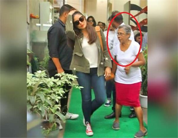 kareena kapoor met old lady fan outside salon