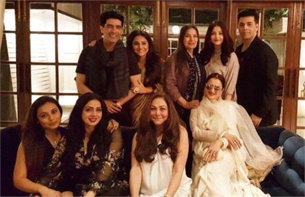 sridevi birthday party manish malhotra jahanvi kapoor bold fashion tmov