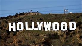 सांड के डर से जयपुर आने में घबरा रहे हैं विदेशी फिल्मकार