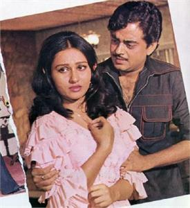 जब रीना रॉय की शादी की खबर सुन बच्चों जैसे रोए थे ये एक्टर