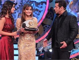 hina showed nikhare to see shilpa being winner