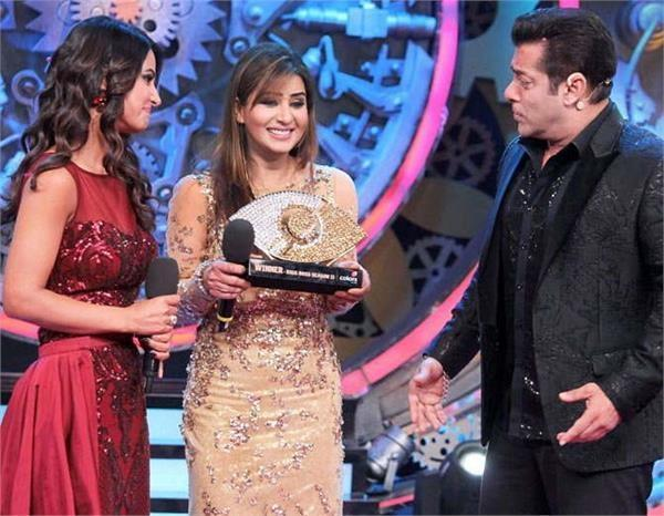 shilpa shinde reveals secret about hina khan