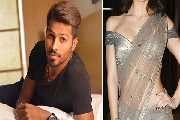 cricketer hardik pandya dating elli avram