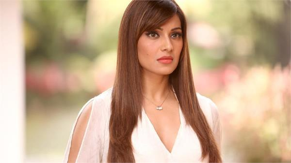 bipasha basu said it will happen only when we want