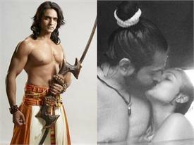 स्विमिंग पूल में टीवी के राम का पत्नी के साथ दिखा बोल्ड अंदाज, सरेआम lip-lock करते तस्वीर हुई वायरल