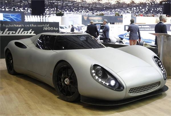 world s fastest hypercar launched at 2018 geneva international motor show