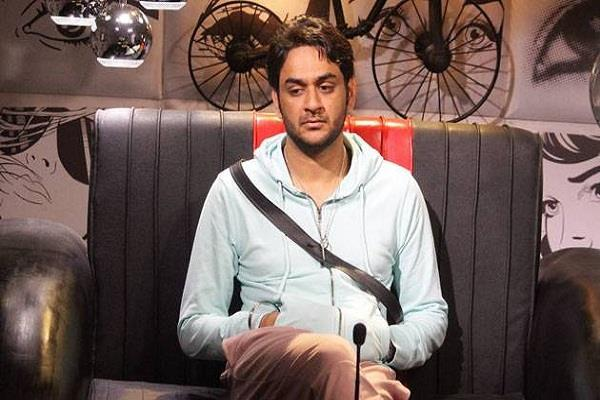 vikas gupta admitted in hospital