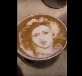 फैन ने दी श्रीदेवी को अद्भुत श्रद्धांजलि, कॉफी पर ऐसे बना दी तस्वीर