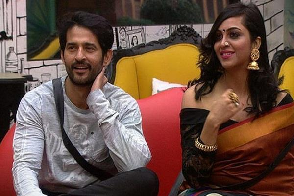 arshi khan make fun on hiten tejwani