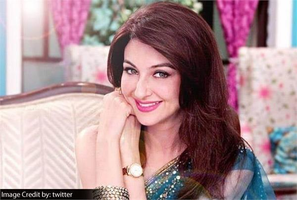 saumya tanton comeback on colors reality show as a host