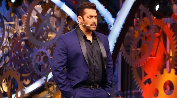 replacing salman khan this singer can host big boss season 12