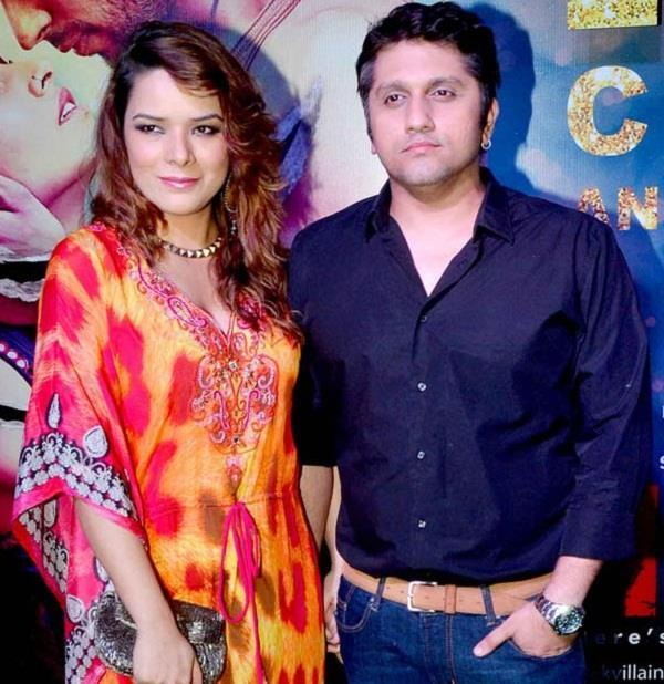 udita goswami snooping on husband mohit suri