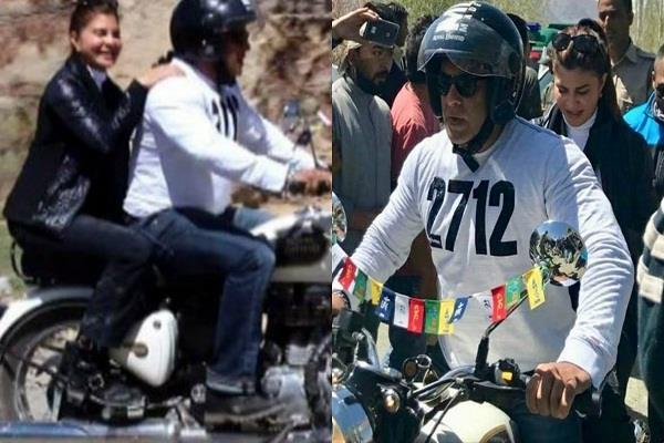 salman khan and jacqueline fernandez are enjoying a bike ride