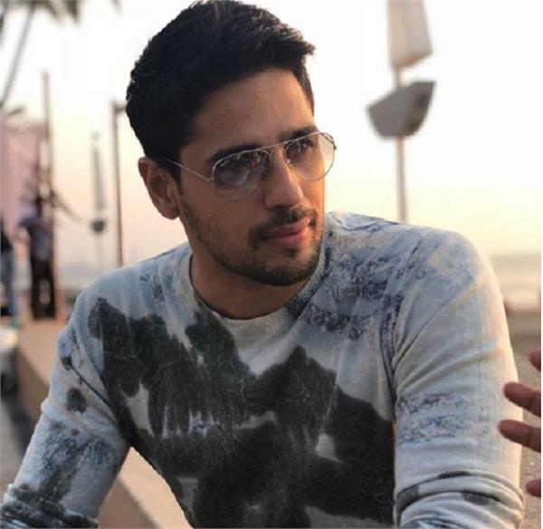 sidharth malhotra write letter to pm modi to strengthen animal protection