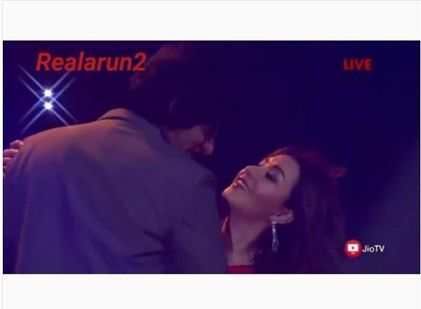 sunil grover and shilpa shinde romantic dance video