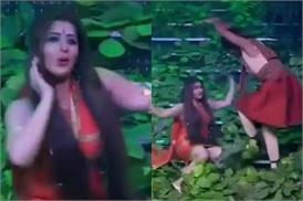 रोमांटिक डांस के बाद सुनील के साथ शिल्पा ने किया 'नागिन डांस', वीडियो हो रहा हैं वायरल