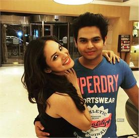 after 2 years sidharth sagar patch up with her girlfriend