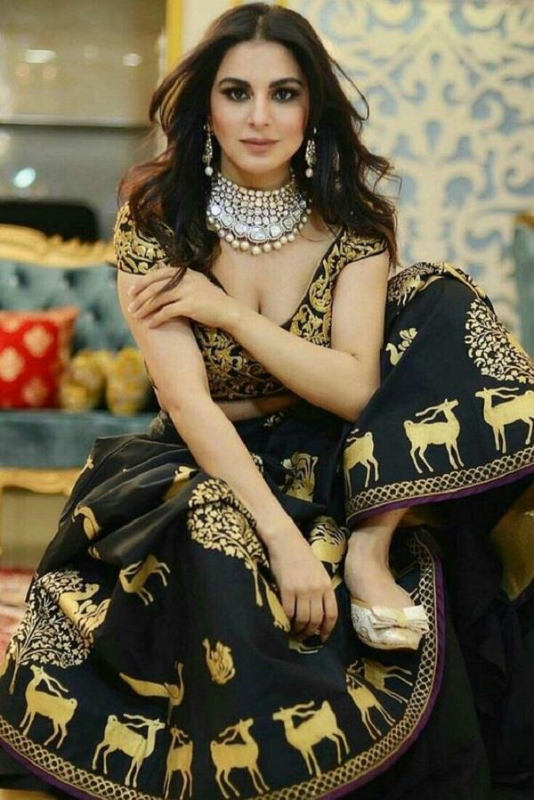 beautiful lehengas collections of shraddha arya